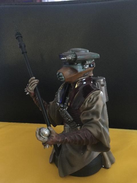 Vente de Dark Vador : buste GG SW, Hot Toys, PF etc... 1517525243986860274