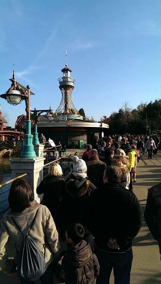 Disneyland Paris peut il vraiment se faire rattraper par des voisins Européens?  - Page 3 15257702081439534838