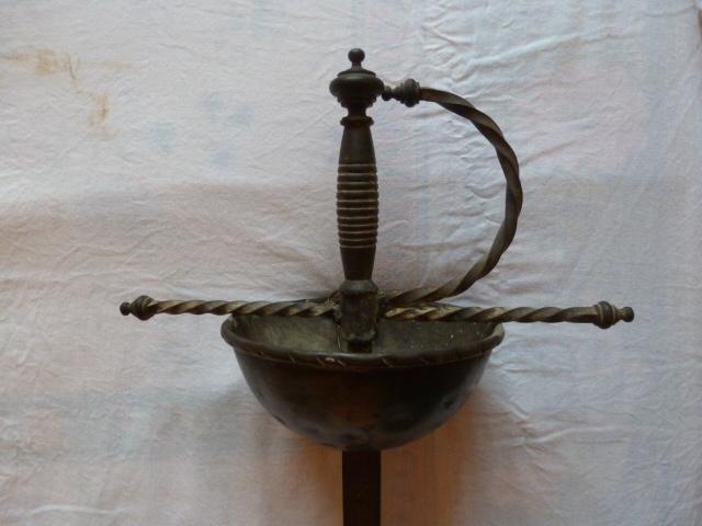 Armes blanches (épées - Vengeur 1870 ...) 15264616771381564178