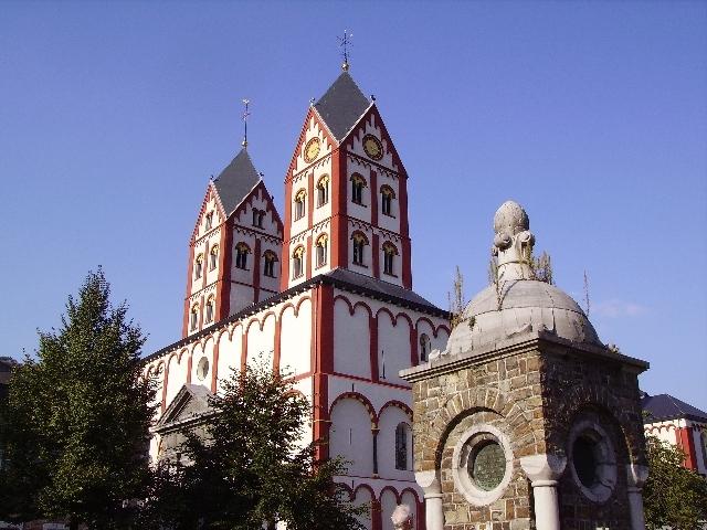http://www.image-heberg.fr/files/1536303452749574635.jpg